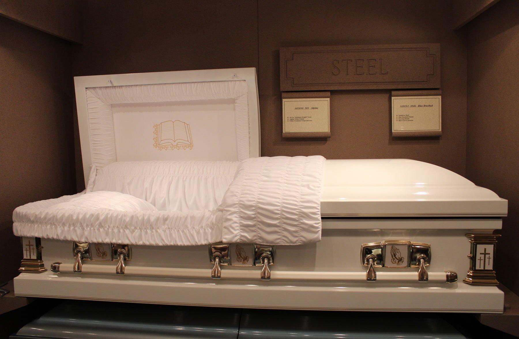 Kasandra perkins open casket pictures Miley Cyrus - Wikipedia