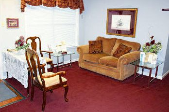 Lounge Twin Oaks Memorial Gardens Funeral Home