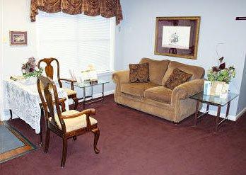 Lounge Twin Oaks Memorial Gardens Funeral Home